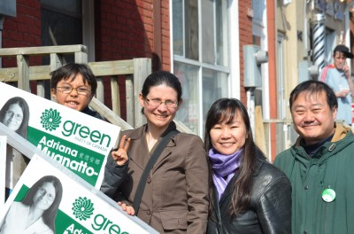 Toronto-Danforth candidate in East Chinatown